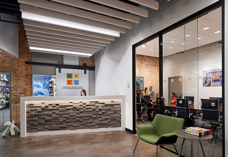 ammon-heisler-sachs-office_a-people_small_linked-in