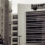Discovery Communications beats 1Q profit forecasts, announces voluntary buyouts