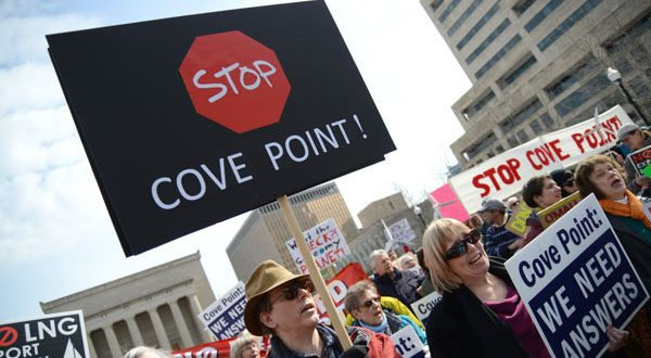 Protesters in February gathered in Baltimore on the same day the state Public Service Commission began reviewing the $3.8 billion Cove Point project. The PSC granted conditional approval of the power-generation part of the plan. (The Daily Record/Maximilian Franz)