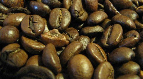 Roasted coffee beans, uploaded by Goele to Wikimedia Commons - Public domain