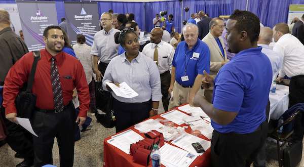 U.S. jobless aid applications fell to 289,000