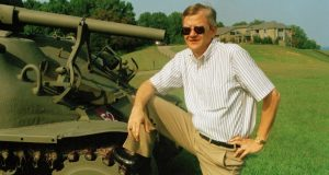 Tom Clancy, 1992 (AP photo)