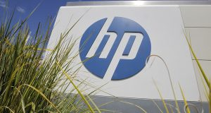 Hewlett-Packard splits off PC, printer businesses