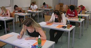 Number of LSAT takers down 8.1 percent