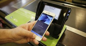Mobile pay elusive for Black Friday shoppers