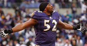Ray Lewis before a 2006 playoff game against the Colts. He announced his involvement in MVP Entertainment three years later. (The Daily Record/Maximilian Franz)