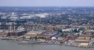 1985 Aerial view of the Washington Navy Yard. (Department of Defense photo)