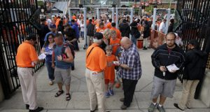 Orioles to pay hourly ballpark employees affected by riots