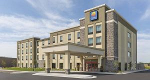 Comfort Inn & Suites West - Medical Center in Rochester, MN (PRNewsFoto/Choice Hotels International, Inc)