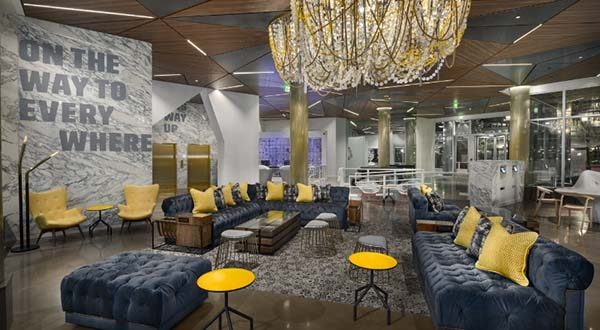 The Envoy, in Boston, Mass. is one of the newest hotels in Bethesda-based Marriott International's luxury lifestyle brand, Autograph Collection Hotels. (PRNewsFoto/Autograph Collection Hotels)