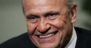"In this 2007 file photo, former Sen. Fred Thompson speaks during an interview with the Associated Press prior to a fund raiser in Richmond, Va. Thompson, a folksy former Republican U.S. senator from Tennessee who appeared in feature films and television including a role on ""Law & Order,"" died Sunday. his family said. He was 73. (AP Photo/Steve Helber, File)"