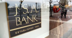Photo of the Jos. A. Bank store on the corner of Light and Pratt Street in downtown Baltimore. (File / Maximilian Franz)