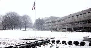 "(Flickr / Matthew Straubmuller / ""Lockheed Martin HQ as ""Snowquester"" begins"" / CC BY 2.0 / cropped and resized)"