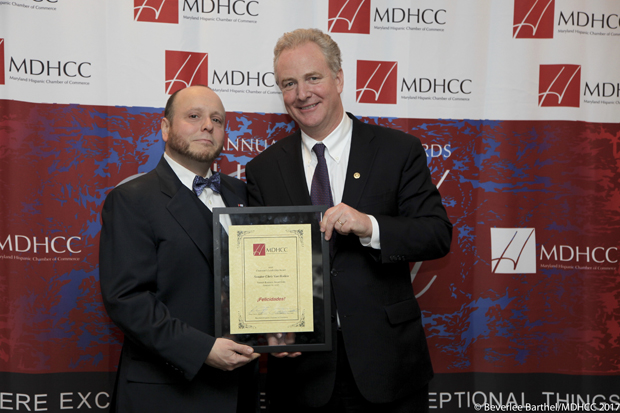 MDHCC Chair and President Jorge Eduardo Castillo awards U.S. Sen. Chris Van Hollen with the 2016 Chairman's Leadership Award. (Photos by Beverlee Barthel Photography and the Maryland Hispanic Chamber of Commerce)