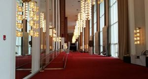 """John F. Kennedy Center for the Performing Arts  (Flickr / Godfather 1 / """"Kennedy Center (12)"""" https://flic.kr/p/poj4QM / CC BY 2.0 https://creativecommons.org/licenses/by/2.0/ cropped and resized)"""