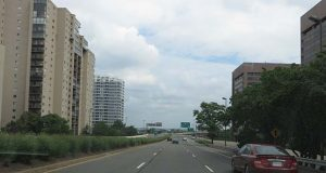 "(Flickr / Ken Lund / ""Crystal City, Arlington, Virginia"" https://flic.kr/p/nMy7GW / CC BY-SA 2.0 https://creativecommons.org/licenses/by-sa/2.0/ / cropped and resized)"