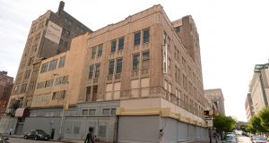 Baltimore is seeking development proposals for the former Brager-Gutman Building in downtown's Westside (Maximilian Franz/The Daily Record)