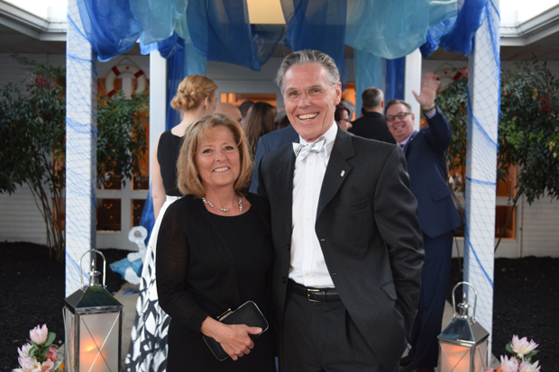 Lyle Sheldon, president and CEO of University of Maryland Upper Chesapeake Health, and Donna Sheldon enjoy their time at the 15th annual After d'Arc Gala. (Photo by The Arc Northern Chesapeake Region)