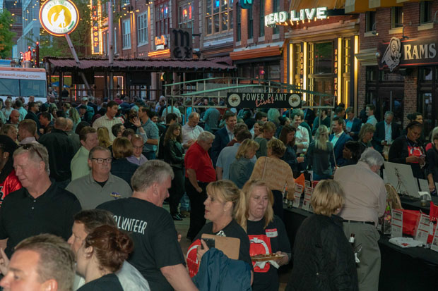 More than 400 people gathered at Power Plant Live at The Baltimore Station's Homerun for Recovery, which raised more than $172,000 for homeless veterans in Baltimore. (Photo by Colin Stevens)
