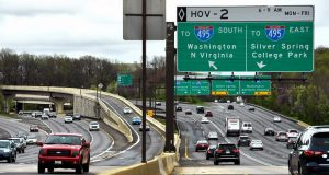 Traffic flows along interchanges that link the Capital Beltway and I-270. (The Washington Post/Katherine Frey)