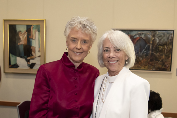 Janet Allan, Ph.D., RN, FAAN, left, dean emerita of the University of Maryland School of Nursing; gets a photo with Darlene J. Curley, MS, BSN, RN, FAAN, a UMSON inaugural Visionary Pioneer. (Photo by Larry Canner)
